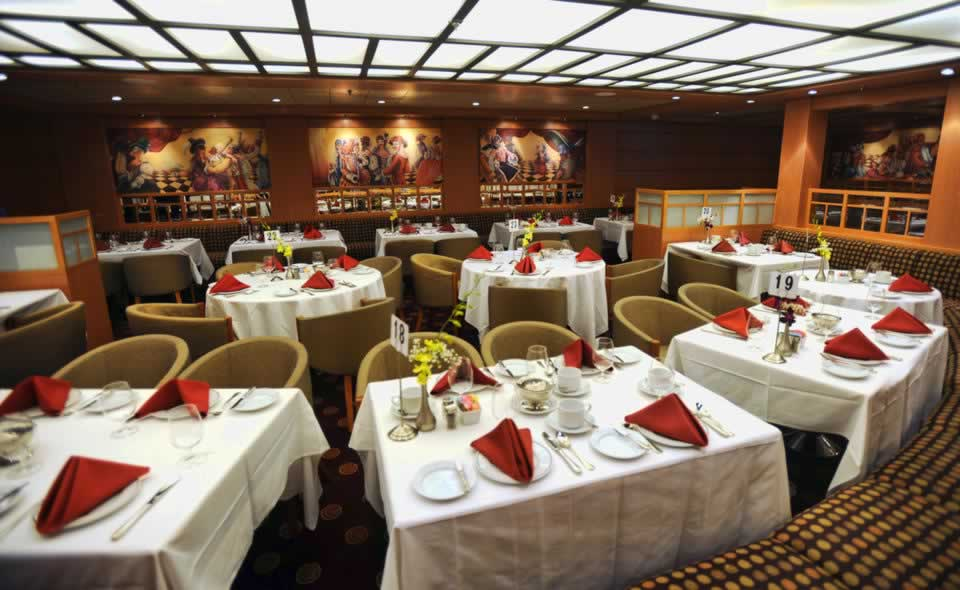 ( Jim Rassol / Sun Sentinel / August 3, 2013 ) The Ponce de Leon restaurant aboard the Bimini SuperFast cruise ship. The ship has gambling and cruises from Miami at speeds up to 30 knots to a resort on Bimini complete with luxury accommodations and a casino.